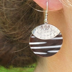Zebra-Shell ear pendant with silver 6