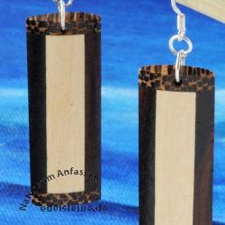 Rechteckige Ohrhänger aus Holz