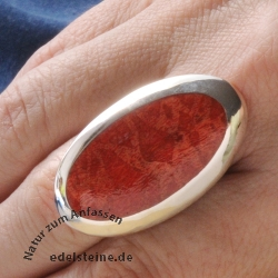 Oval coral ring Big