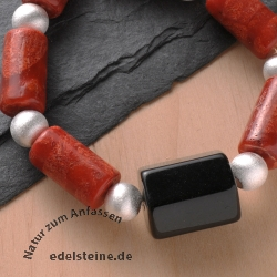 Necklace Coral with Obsidian