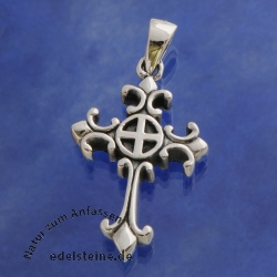 Silver Crucifix celtic small