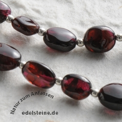 Granat Halskette Twengaklau