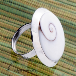 Shiva mussel silver ring 30