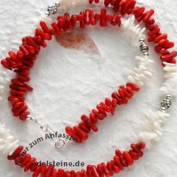 Necklace coral red / white