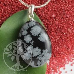 Schneeflocken Obsidian Steinanhänger mit 925er Silberöse