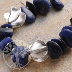 Sodalith Halskette mit Silberperlen
