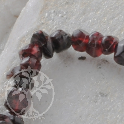 garnet bead bracelet mini edelsteine grosshandel. Black Bedroom Furniture Sets. Home Design Ideas