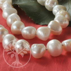 Pearl Necklet white