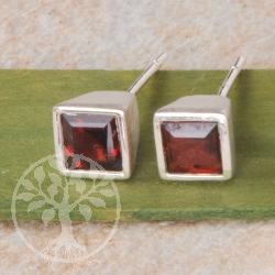 Garnet Square Silver Earrings