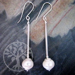 Pearl long Earrings Silver Rod