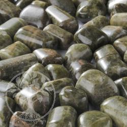 Vesuvianit Handschmeichler Trommelsteine 100 Gramm 15-28mm