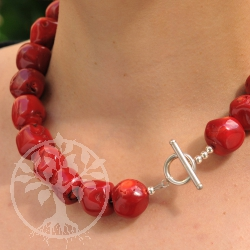 Coral Necklace Candied Apple