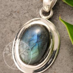 Labradorite Pendant Silver