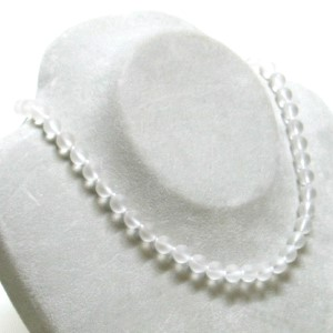 Rock crystal bead necklace mat