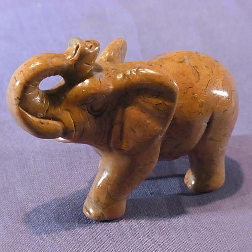 Elefant brauner Muschelkalk