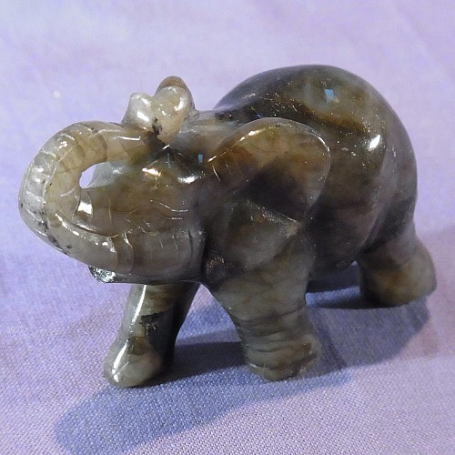 Steinfigur Labradorit Elefant 81