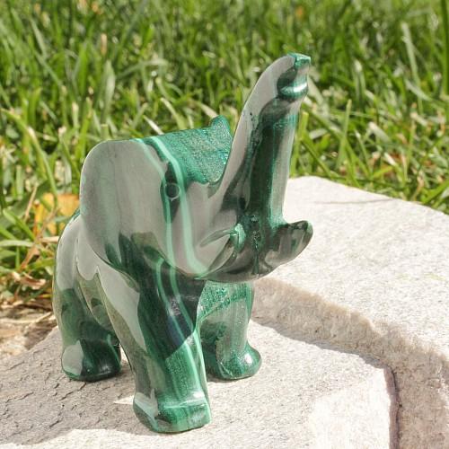 Malachit Elefant geschnitzt 007