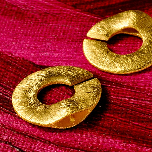 Ring closure of silver, gold plated and brushed 15mm