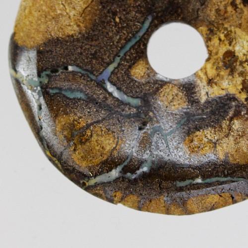 Boulder Opal Donutscheibe Muttergestein durchzogen mit Opal 05