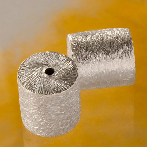 Brushed silverbead cylinder 11 mm