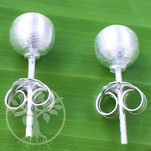 Silver-Earstud Bullet