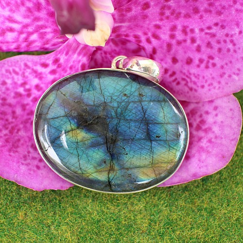 Labradorit A Silberanhänger Rund Oval ca. 31*18-23mm