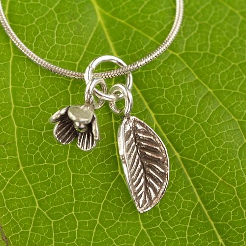 Small Silver Leaf Swinging 925