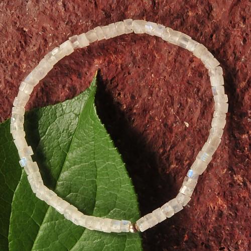 Moonstone Rainbow Bracelet Rules 4-5mm