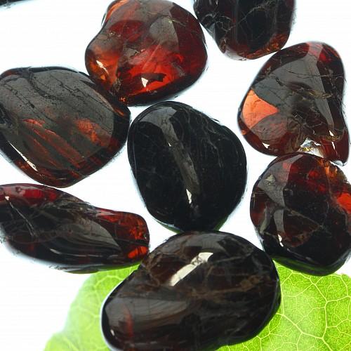 Garnet Tumbled Stone mini 7/13