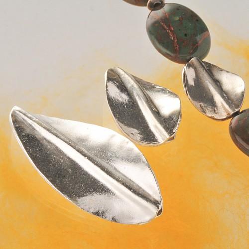 Silberperle handgefertigt in Blattform Sterling Silber 44mm