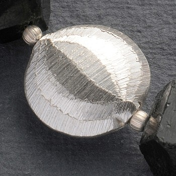 Silverbead disc handmade 16 mm brushed silver 925
