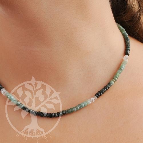 Smaragdkette mit Silberverschluss 925 facettierte Perlen 5mm