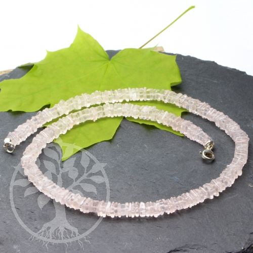 Rose quartz necklace with square beads disk