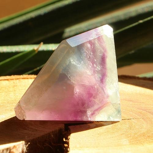 Fluorit Pyramide 001