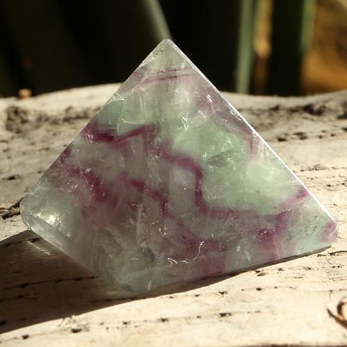 Fluorit Pyramide 010