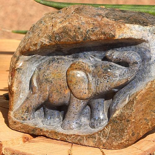 Dumortierit Elefanten Figur ca. 100x80mm