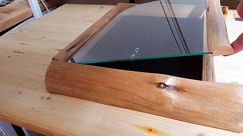Holz Ringkasten mit Glasdeckel und Naturholz Rahmen ca 26*22cm