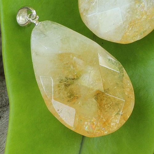 Citrine Drop Stnoe Pendant With Silver 30*20mm