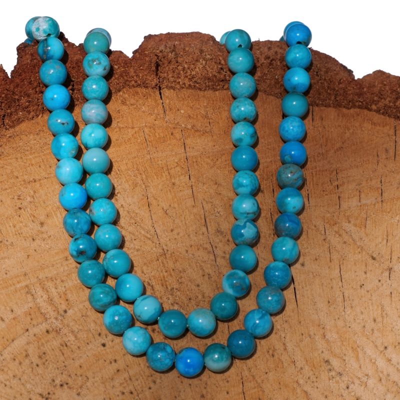 Turquoise beads A quality round natural beads strand