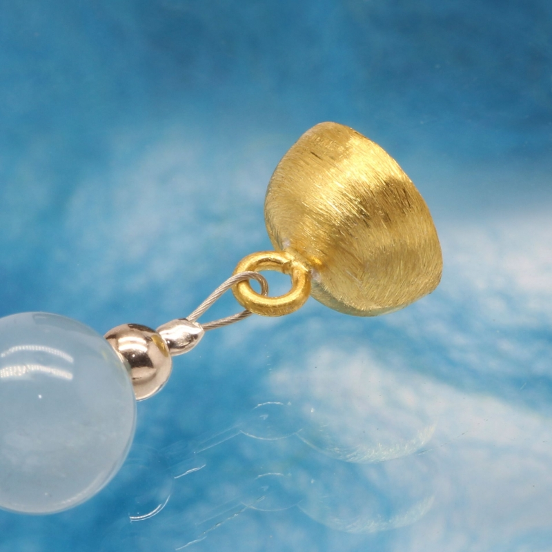 Magnetic Clasp Gold-Plated Sterlingsilver Brushed Ball 8 mm