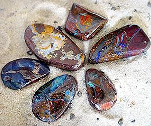 Natural Boulder Opal-Stein Anhaenger