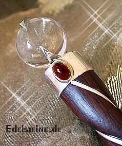 Heilstab Zauberstab aus Rosenholz mit Granat