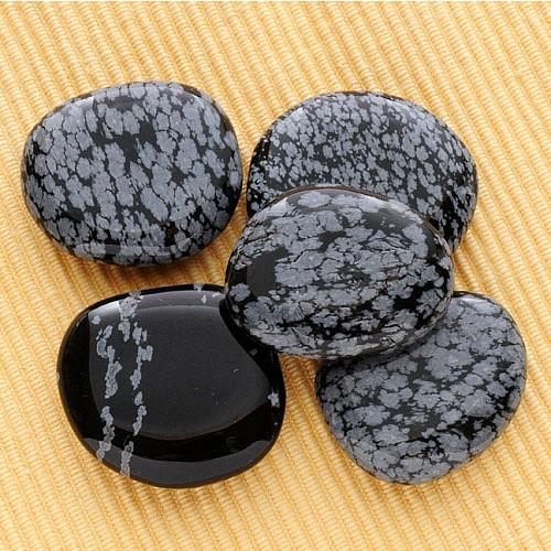 Schneeflocken-Obsidian Chakrastein