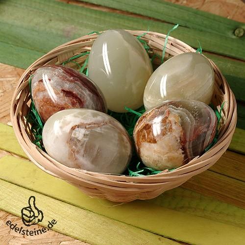Osterkörbchen mit 5 Onyx-Marmor Eiern Aragonit-Calcit 5x3.8cm