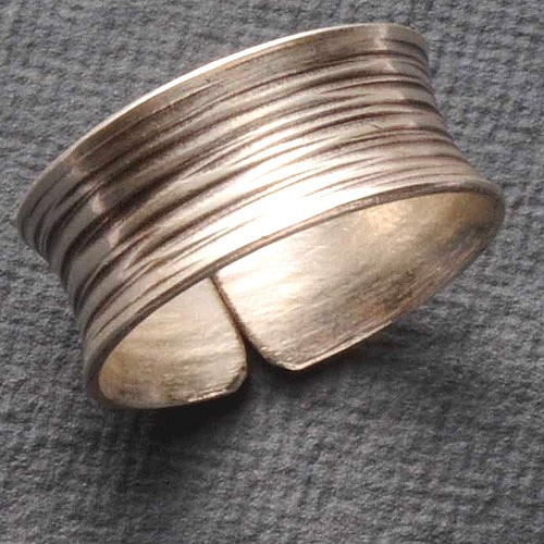 Silver Ring striped Size adjustably