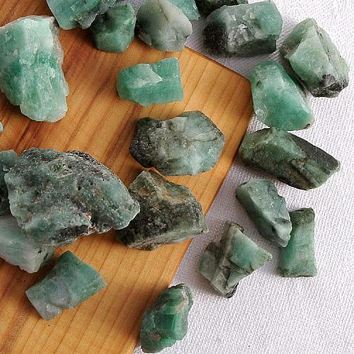 Emerald/Smaragd Rohsteine 100g