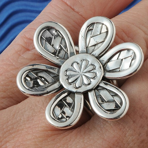 Flower Ring Silver