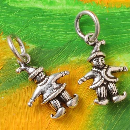 Hans Silver Pendant