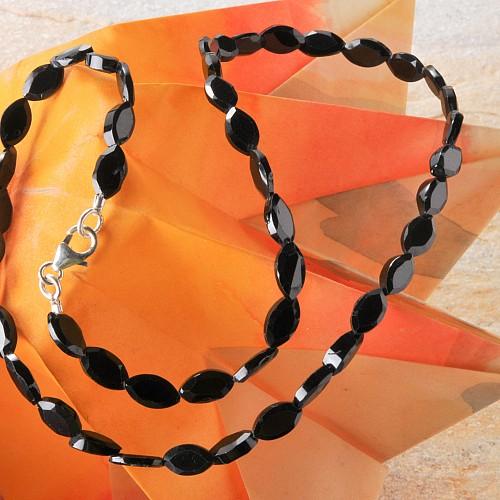 Spinell schwarze Edelsteinkette facettierte Spinellperlen Ovale Perlen