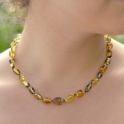 Amber Necklace Green